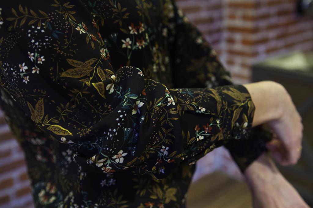 Style indigo flare leg jeans with Japanese-inspired print shirt