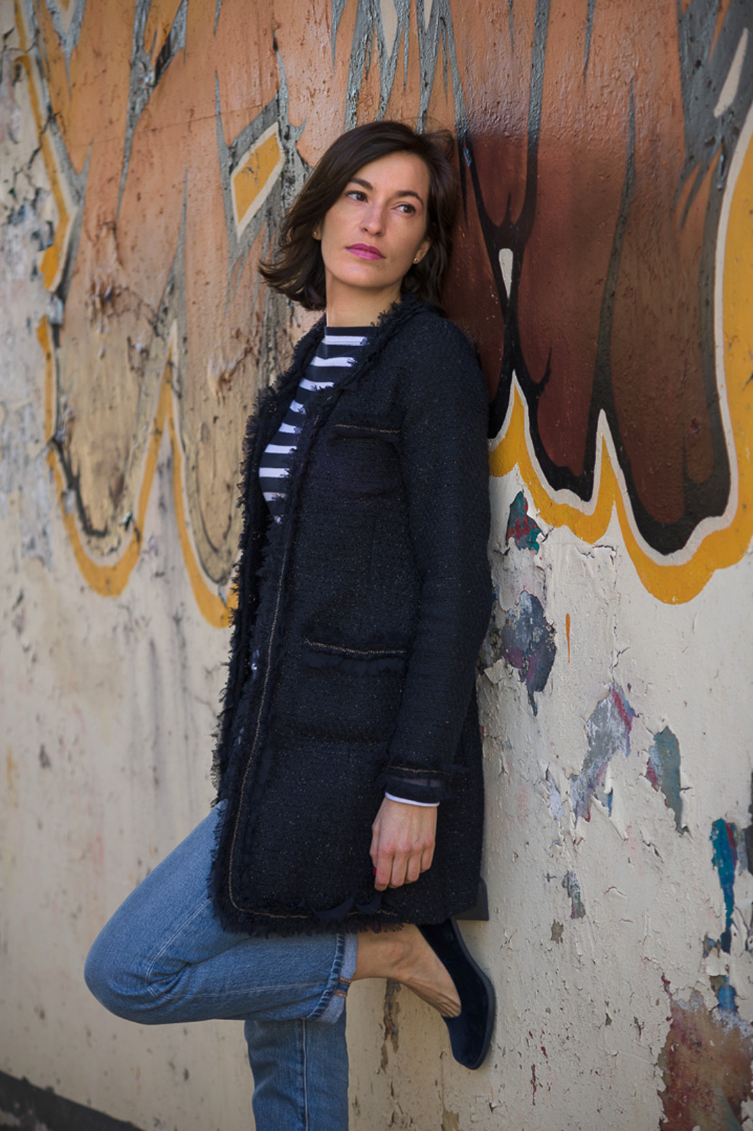 casual outfit navy coat with jeans and stripped t-shirt