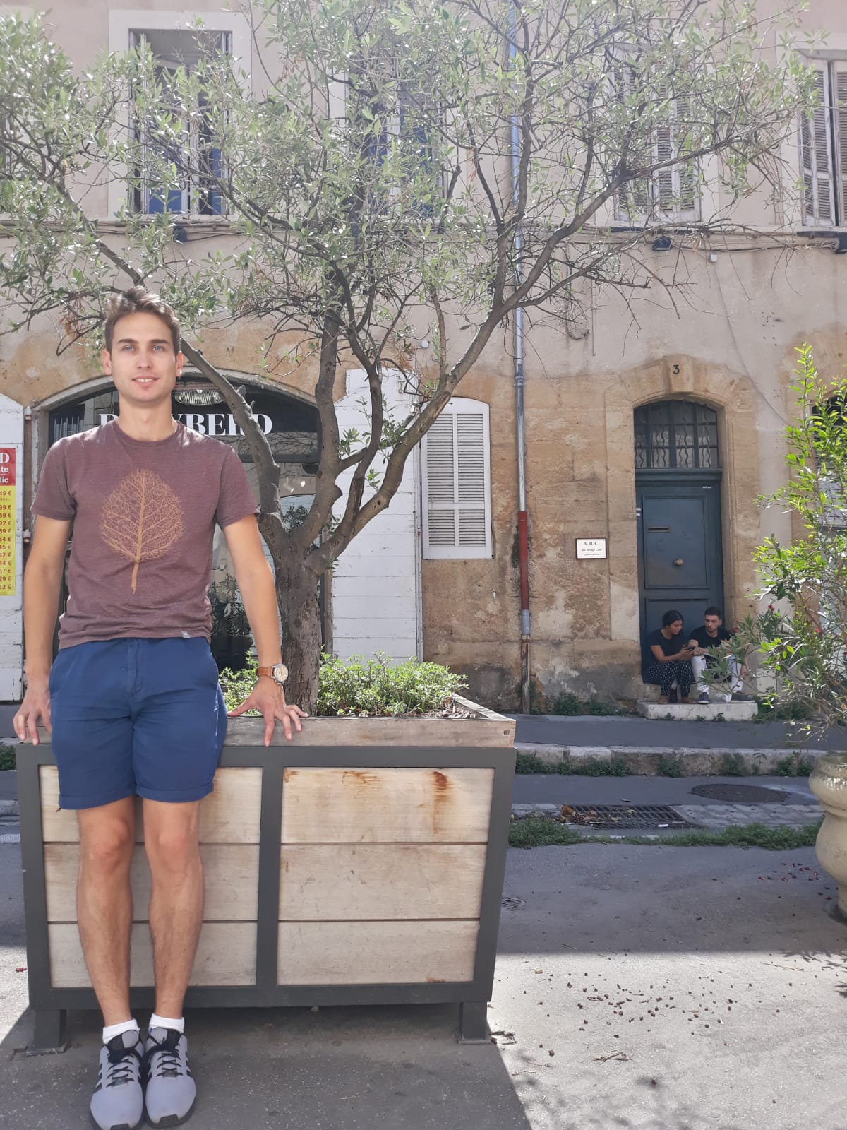 Carlos Blanco walking the streets of Marseilles, a Slow living city